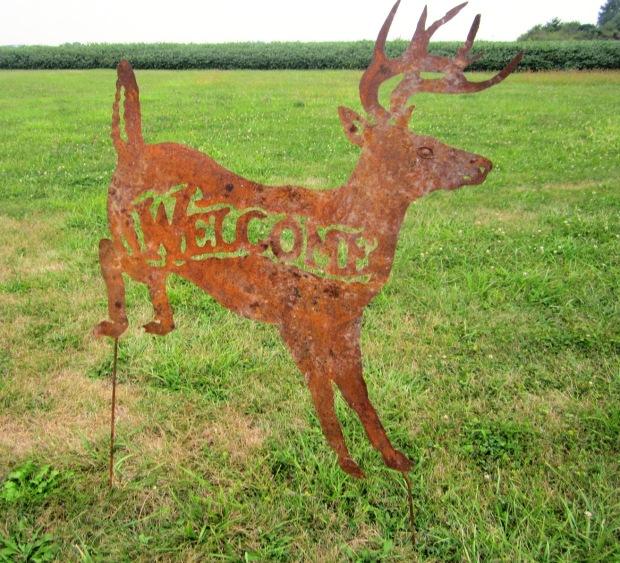 rustic-metal-deer-welcome-yard-ornament-lawn-stake-20